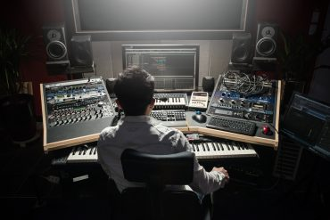 what is mastering