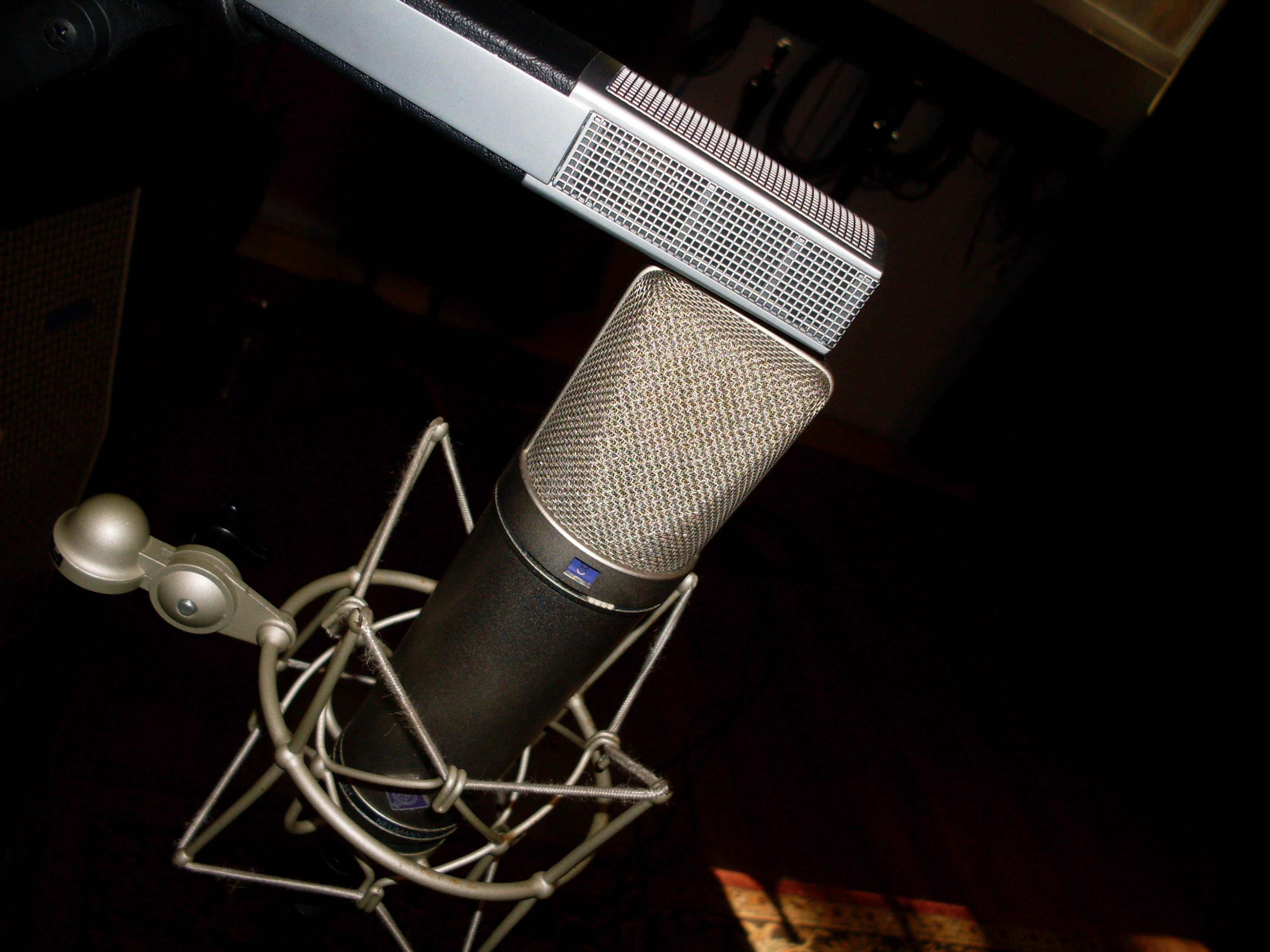 mid-side stereo microphone techniques