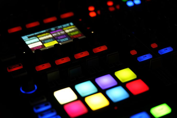 hardware sequencer for drum samples