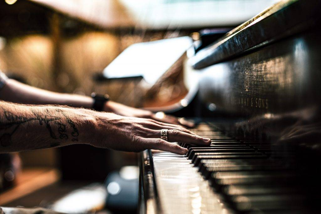 Learn Piano Online: 4 Great Resources to Learn Keyboard