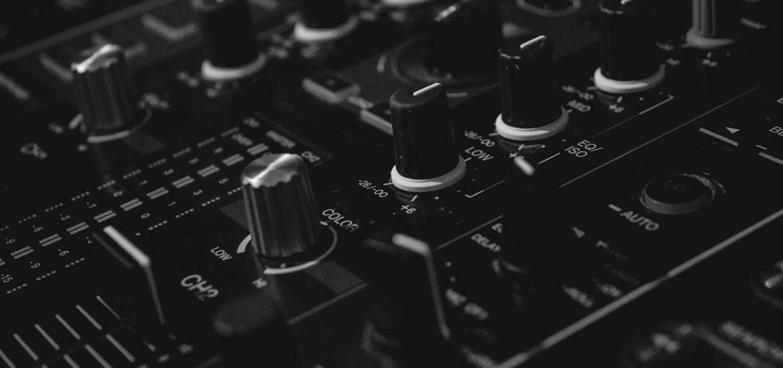 digital mixer controls